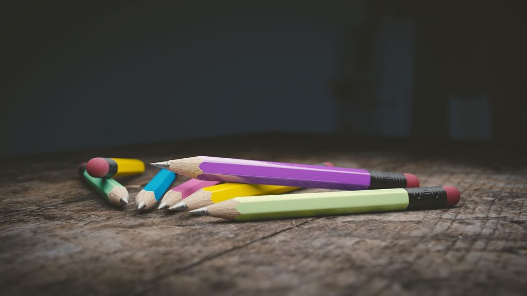 Lápis Escola