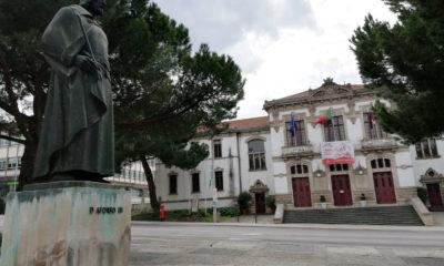 Câmara de Leiria Estátua D. Afonso III