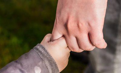 Criança mão