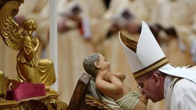 Beijar Menino Jesus